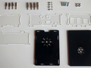 Assembly Instructions for the HiFiBerry DAC+ / Digi+ Transparent Case