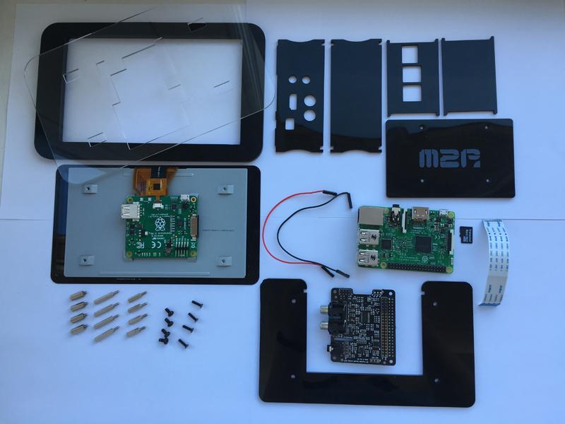 Einzelteile des IQaudIO Touch Display Gehäuses
