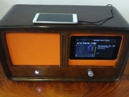 Antikes Radiogehäuse in neuem Glanz mit Max2Play und HiFiBerry